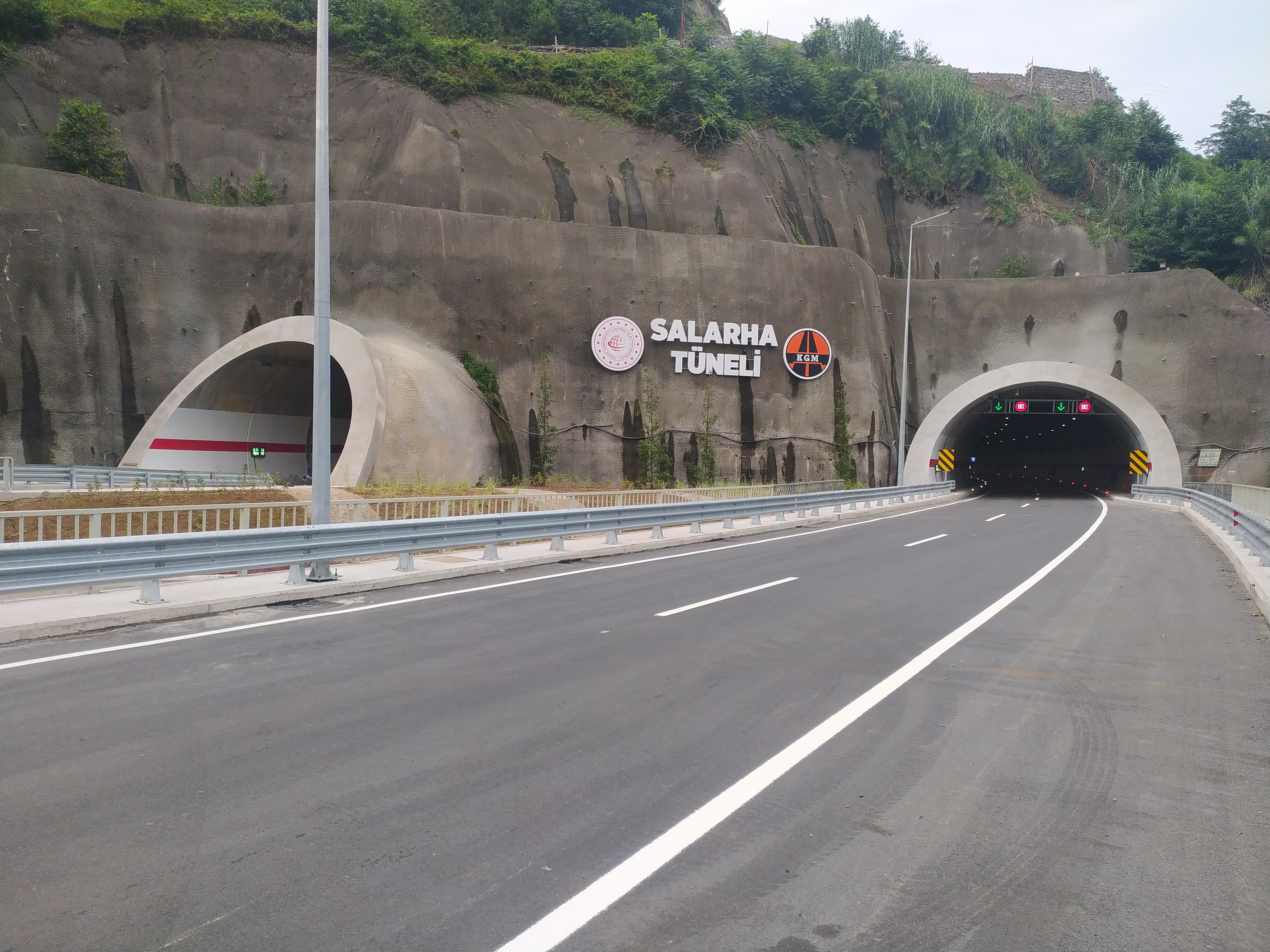 Salarha Tüneli